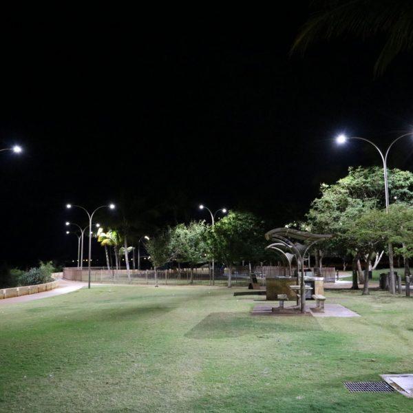 coast install of 50w street lights