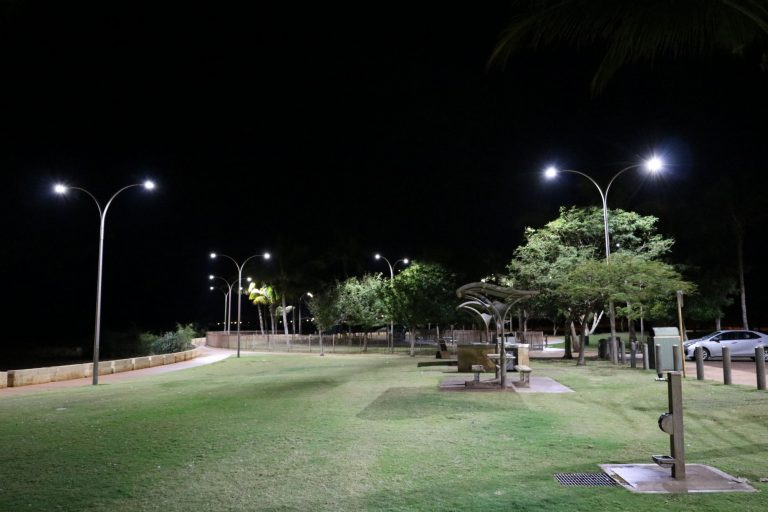 coast install of 50w street lights