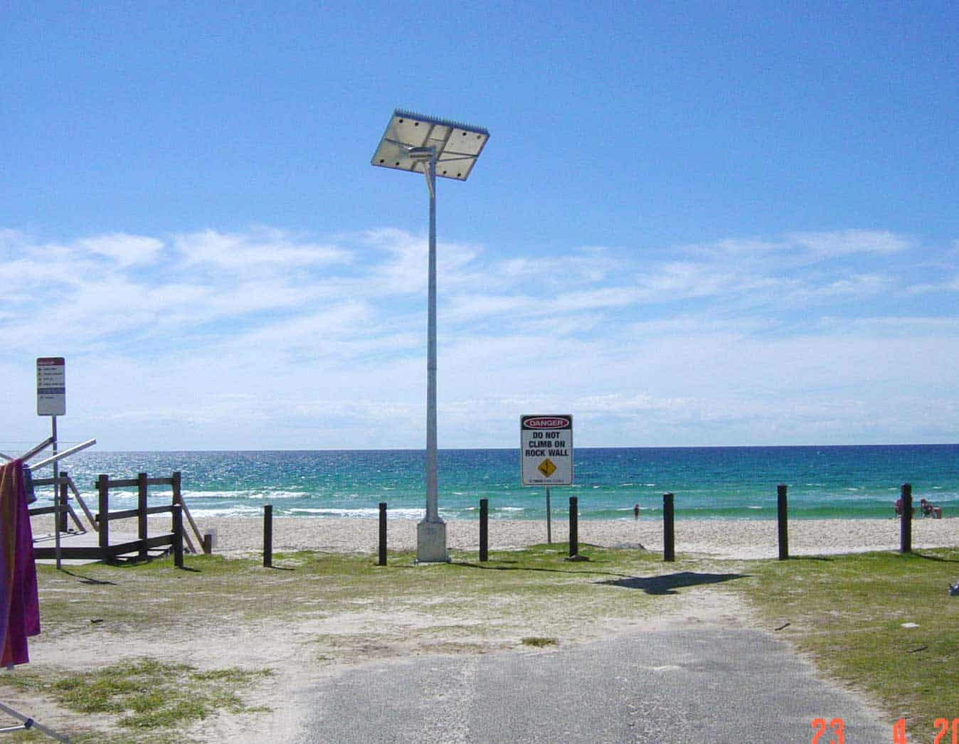 solar street lighting coastal install tweed heads holiday parks