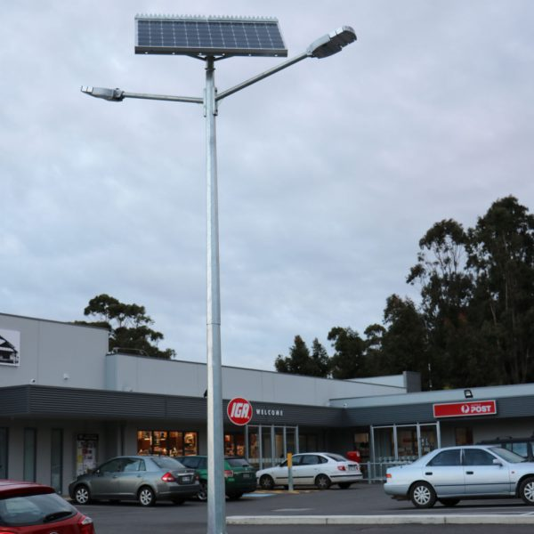 solar street lights twin head mount compass IGA