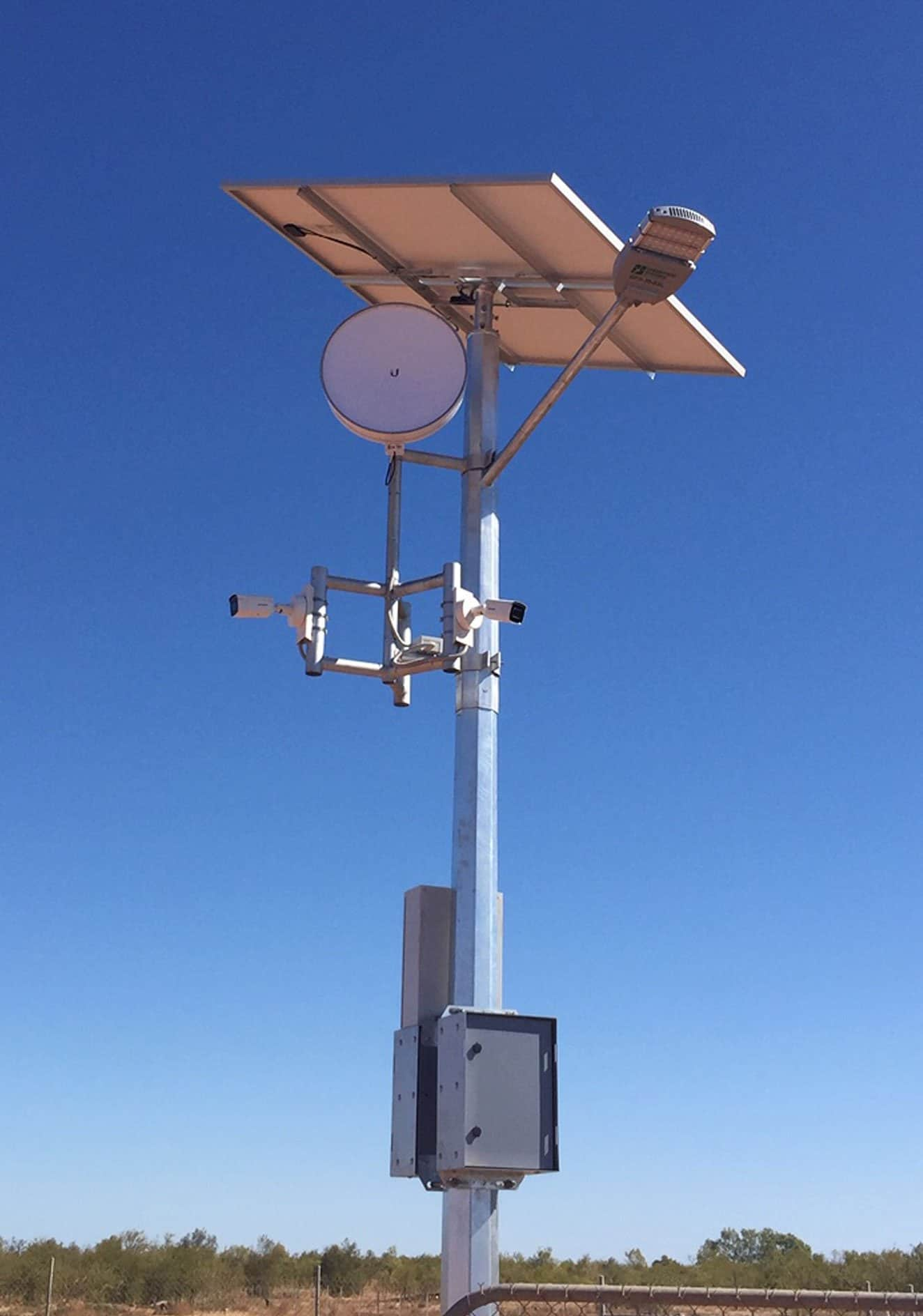 solar cctv and energy storage tower at burkshire shire boat ramp, Queensland
