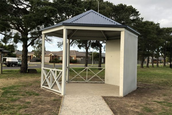 solar shelter lighting at Leopold War Memorial