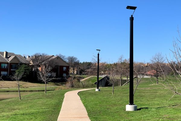solar park lighting thomas jefferson park irving texas